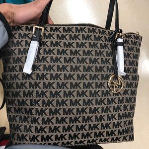 Women's Michael Kors designer purse